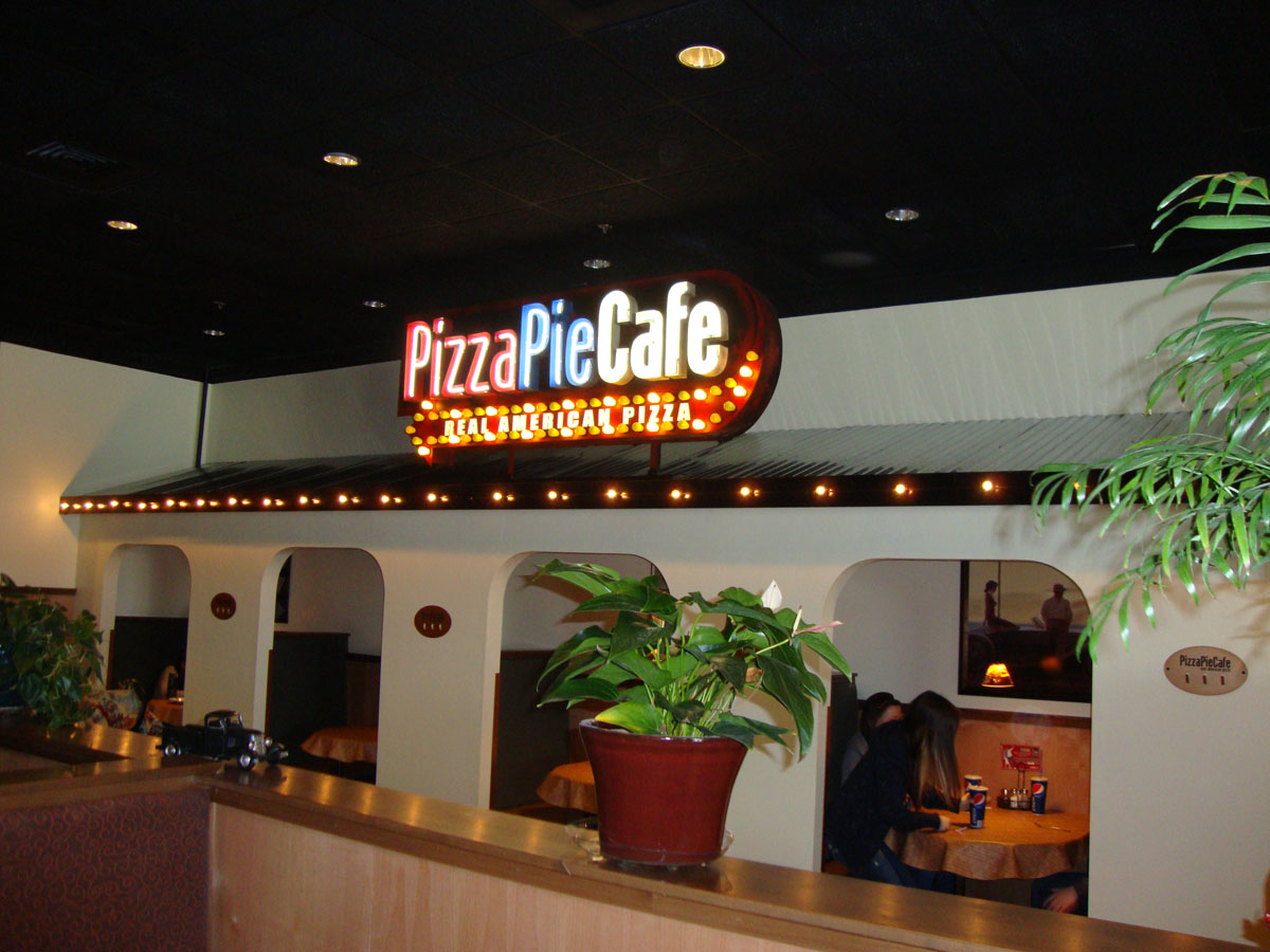 success stories pizze pie cafe franchise. Black Bedroom Furniture Sets. Home Design Ideas
