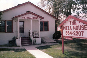 Pizza-House-with-Sign